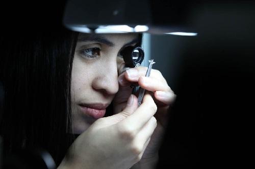 diamond grading female